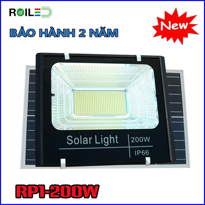 Đèn pha năng lượng Roiled RP1-200W giá rẻ