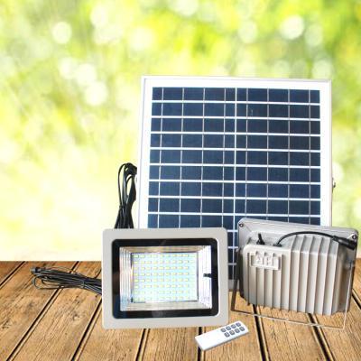 Bộ Đôi Đèn pha năng lượng mặt trời VK- 388C 40W
