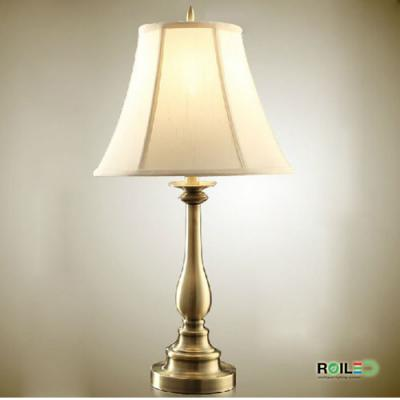 Đèn bàn ngủ đầu giường RTB0837e