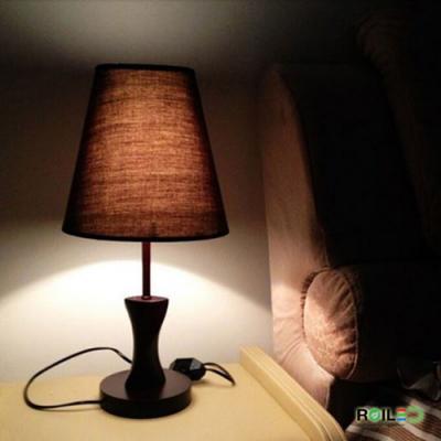 Đèn bàn ngủ đầu giường RTB8031