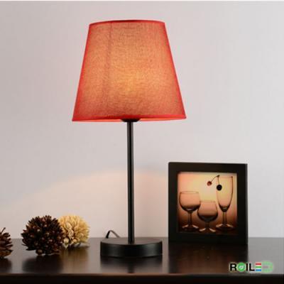 Đèn bàn ngủ đầu giường RTB8083A