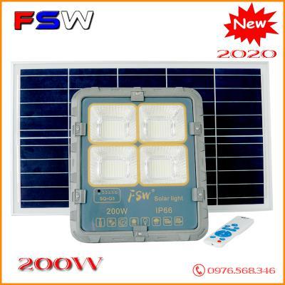 Đèn năng lượng mặt trời siêu sáng FSW 200W 2021