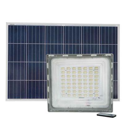 Đèn pha năng lượng mặt trời 500W cao cấp Roiled RL-P500 công suất cao dùng cho công trình