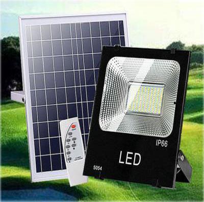 Đèn pha năng lượng mặt trời DC 100W