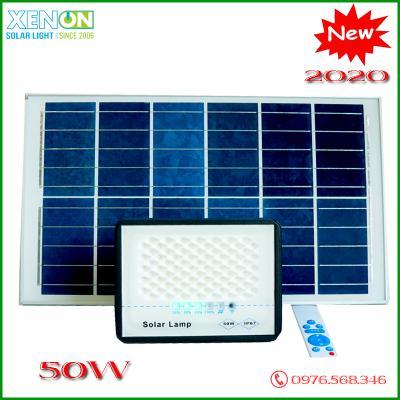 Đèn Pha Roiled  50W Năng Lượng mặt trời Trong Nhà