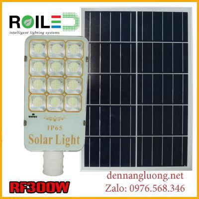 Đèn Roiled RF300W năng lượng mặt trời