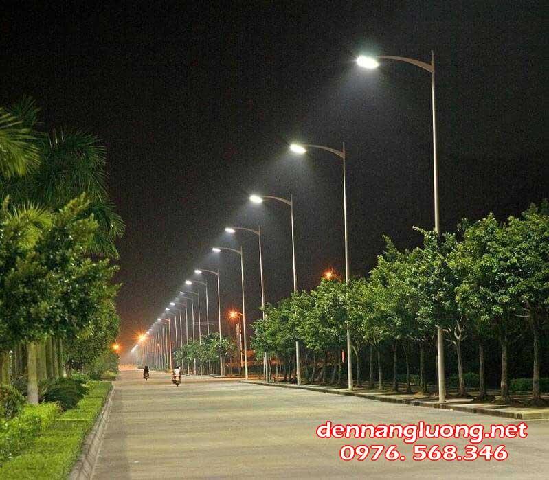 Mặt đường gắn đèn LED giúp người đi bộ an toàn hơn vào ban đêm